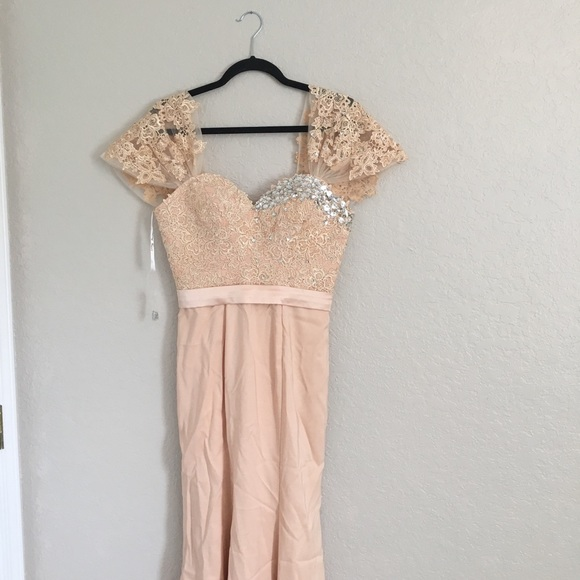 Dresses & Skirts - Beautiful wedding gown/ evening gown with lace